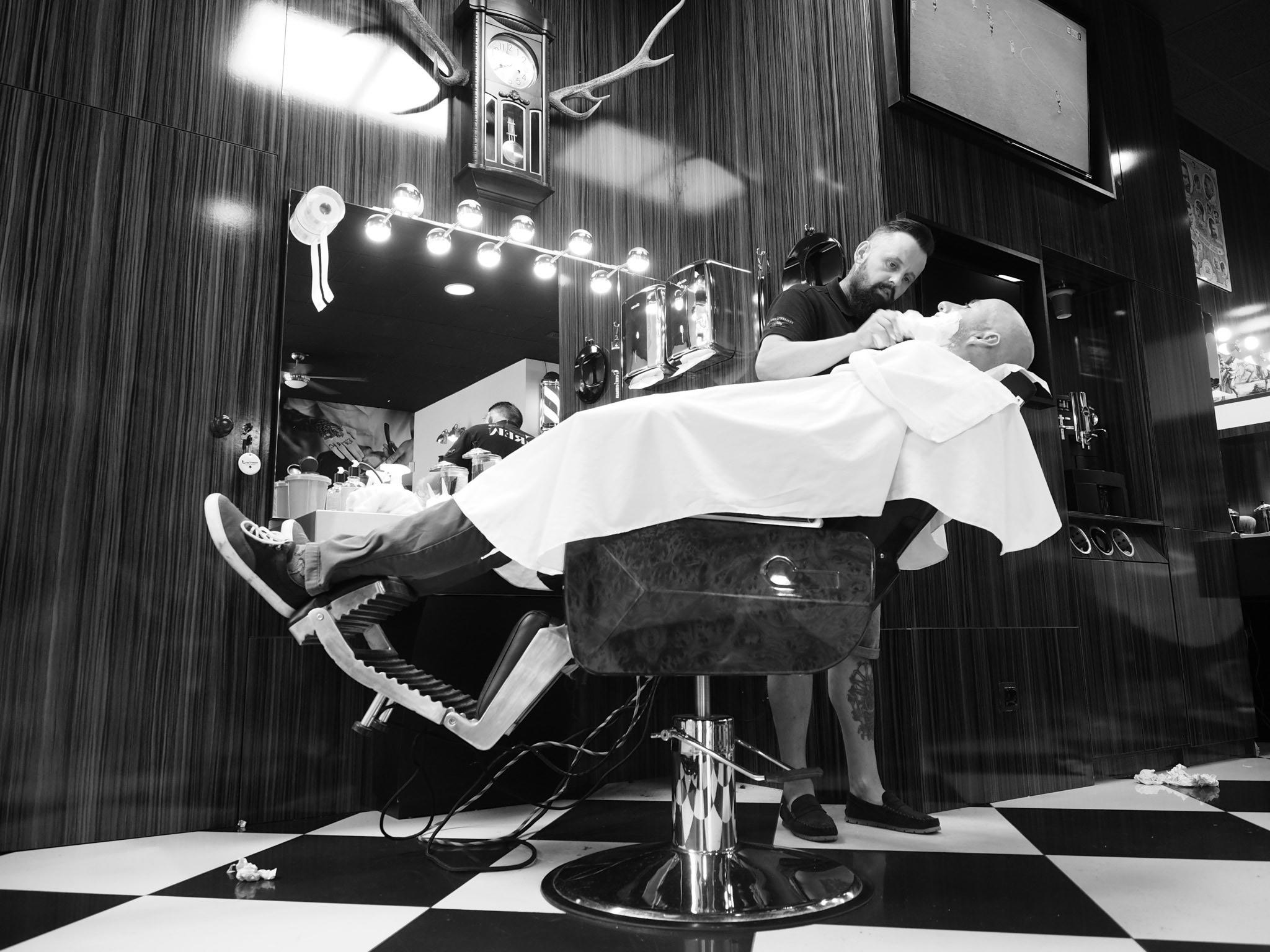 Odwiedzamy Gentleman Barber Shop Miejsca Sklepy Usługi